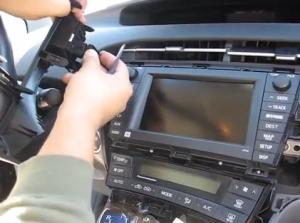 2009-2013 Toyota Prius radio installation step 4