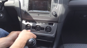 2015 VW Golf 7 radio installation step 1
