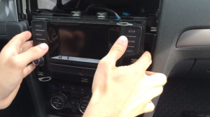 2015 VW Golf 7 radio installation step 5