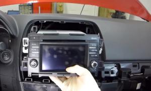 2013 2014 2015 Mazda CX-5 Radio installation step 10
