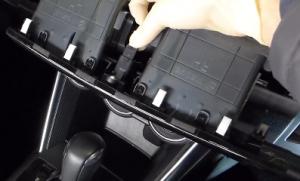 2013 2014 2015 Mazda CX-5 Radio installation step 6
