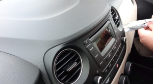 2009 Hyundai I20 Radio installation step 3