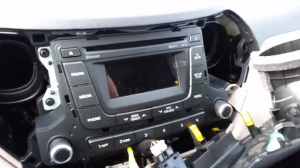 2009 Hyundai I20 Radio installation step 9