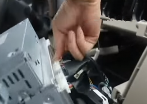 2006-2012 Toyota Corolla radio installation step 5