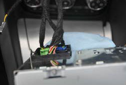 2006-2013 Audi TT car stereo installation step 2