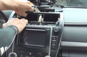 2012 2013 2014 Toyota CAMRY Radio installation step 12