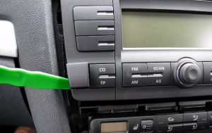 2014 2015 Skoda Octaiva head unit  installation step 3-3