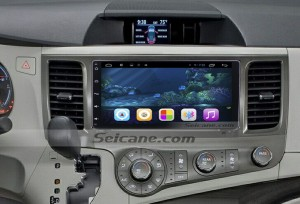 2015 Toyota Sienna Radio after installation