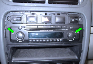2003-2011 Porsche Cayenne head unit installation step 2