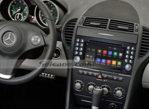 2004-2012 Mercedes-Benz SLK W171 R171 head unit after installation