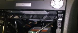 2004-2012 Mercedes-Benz SLK W171 R171 head unit installation step 14
