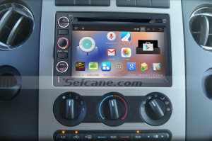 2006-2009 Ford Fusion 4-door Sedan head unit after installation