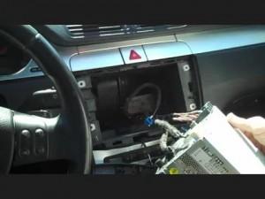Disconnect the 2013 2014 2015 VW Volkswagen BORA head unit wiring harness