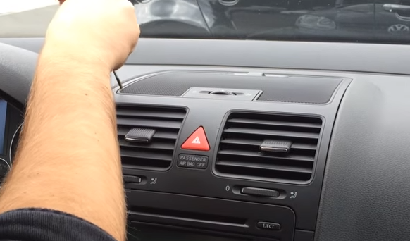 A professional installation guide for a 2003-2013 VW Volkswagen