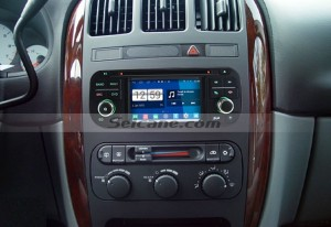 2002 2003 Dodge Durango car radio after installation