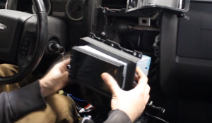 Make the new car radio and the original fascia get together
